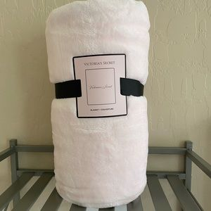Brand New Victoria's Secret Blanket